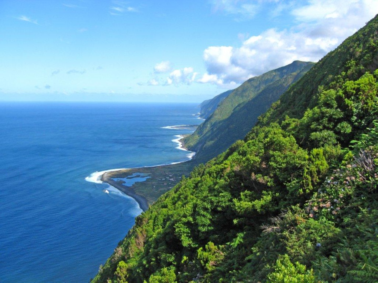 self guided walking tours azores