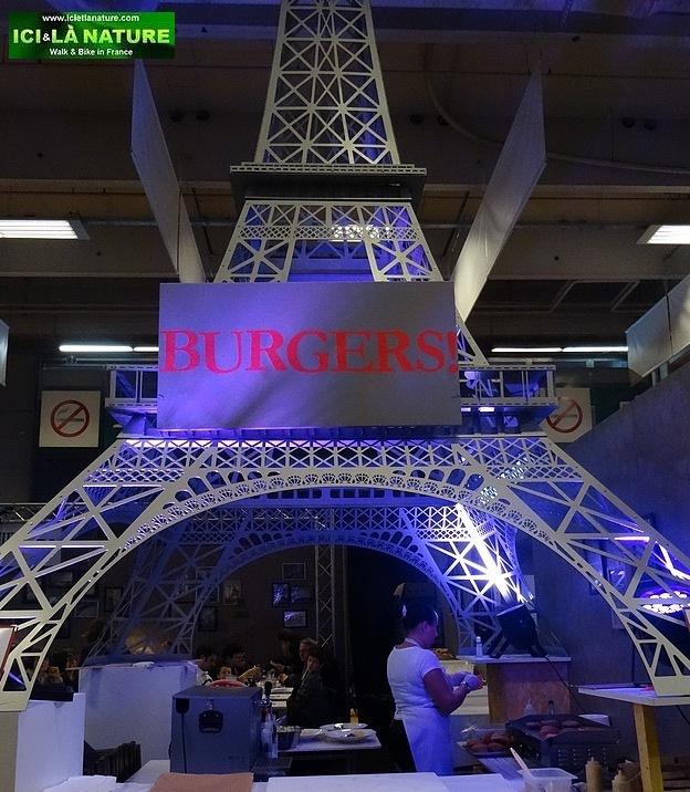 self guided walking tours paris france